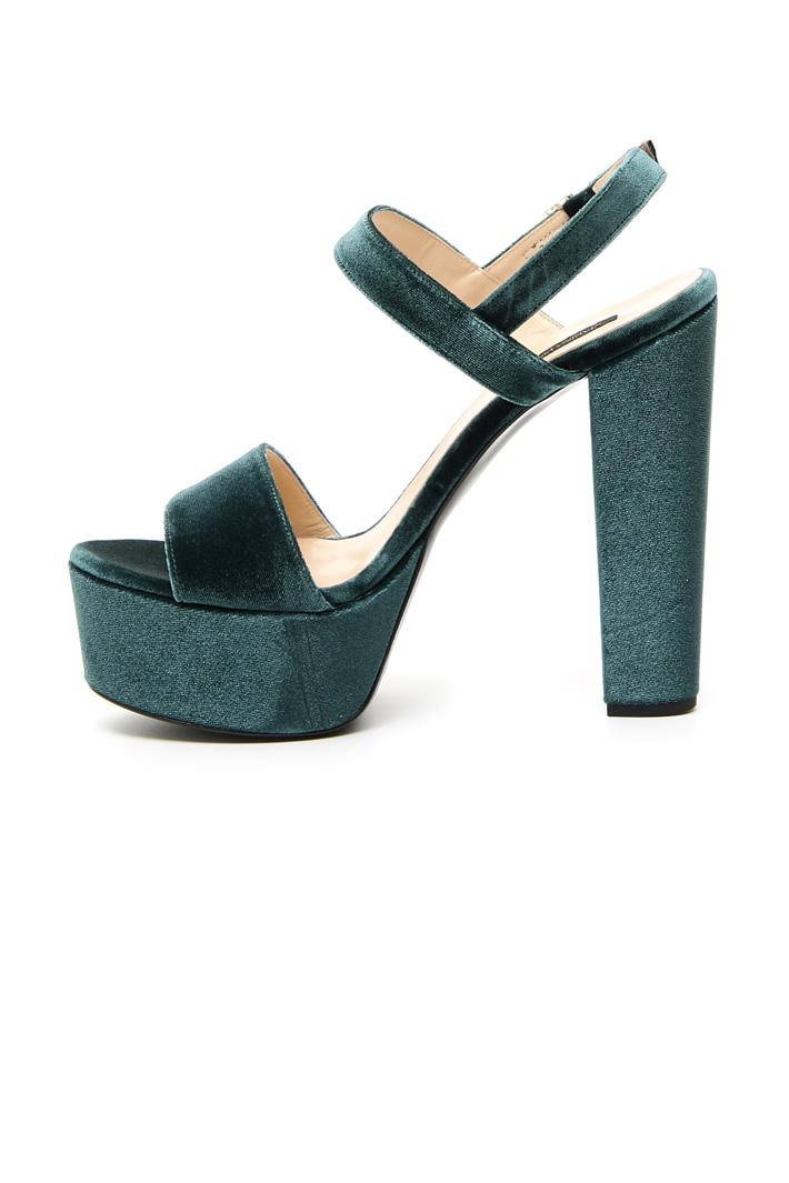 Velvet platform shoes Intrend