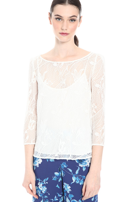 Embroidered tulle blouse Intrend