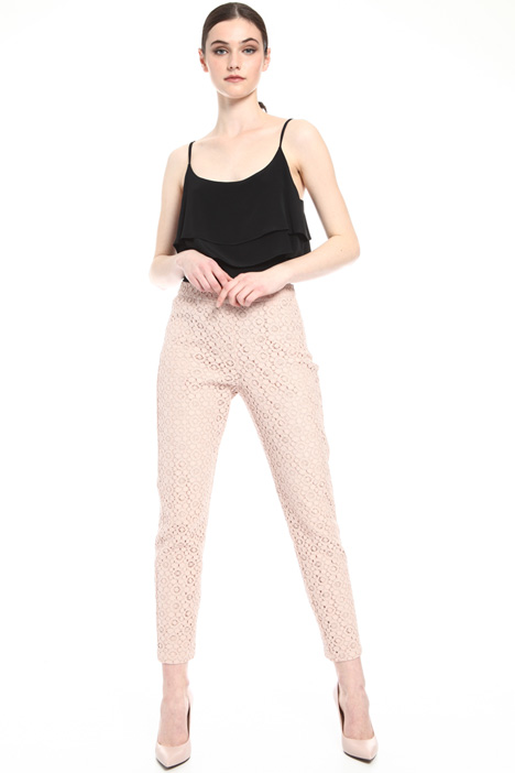 Macramé lace trousers    Intrend