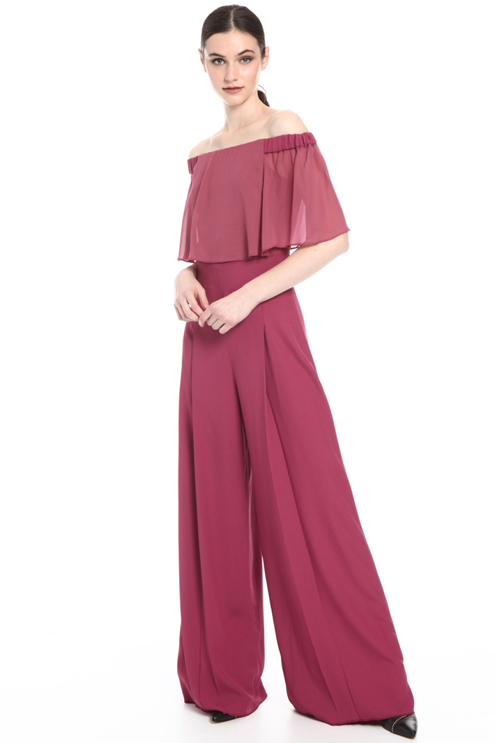 Enver satin suit with ruffles Intrend
