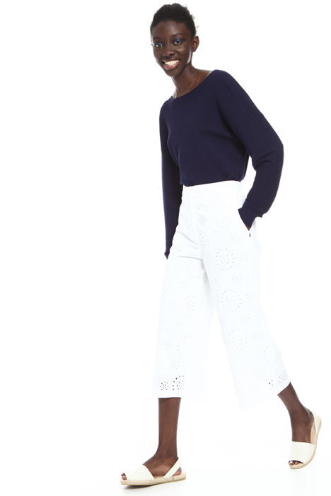 Broderie anglaise trousers Intrend