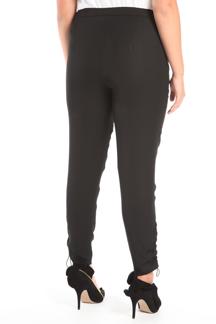 Fitted viscose trousers Intrend