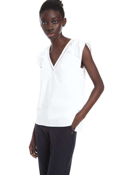 Embroidered top Intrend