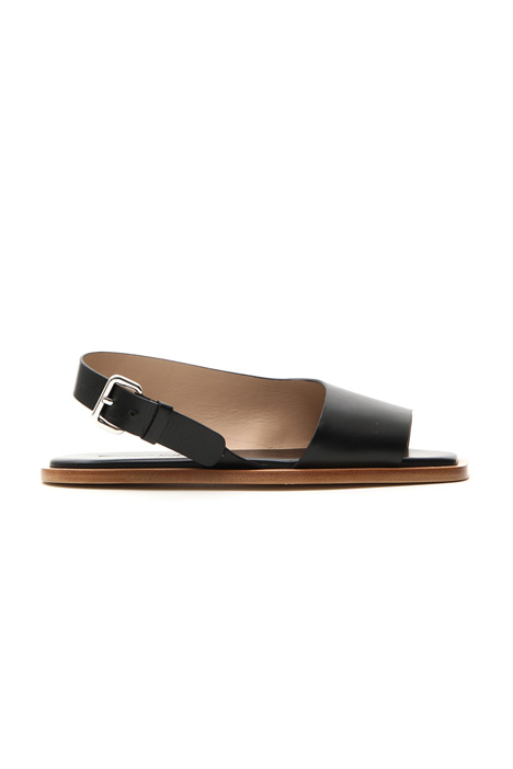 Asymmetrical leather sandal    Intrend