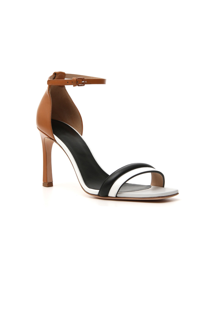 High sandal in pure leather    Intrend