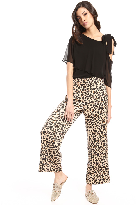 Loose fit satin trousers Intrend
