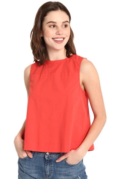 Sleeveless stretch top Intrend