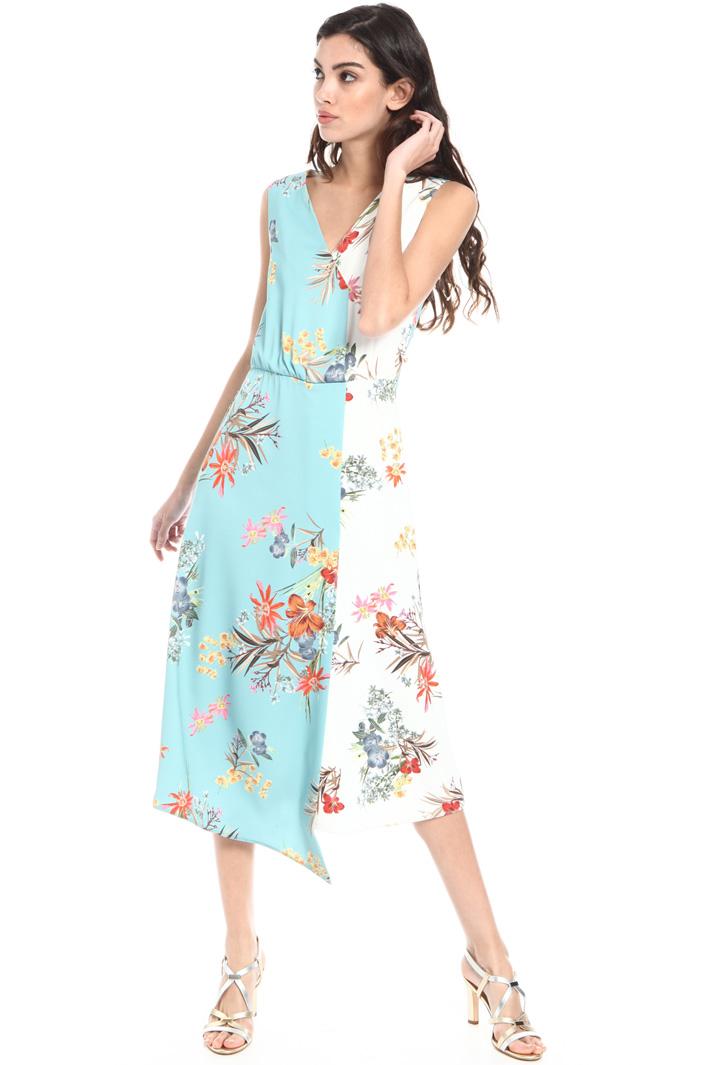 Asymmetrical satin dress Intrend