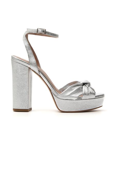 Sandalo in pelle metallizzata Intrend