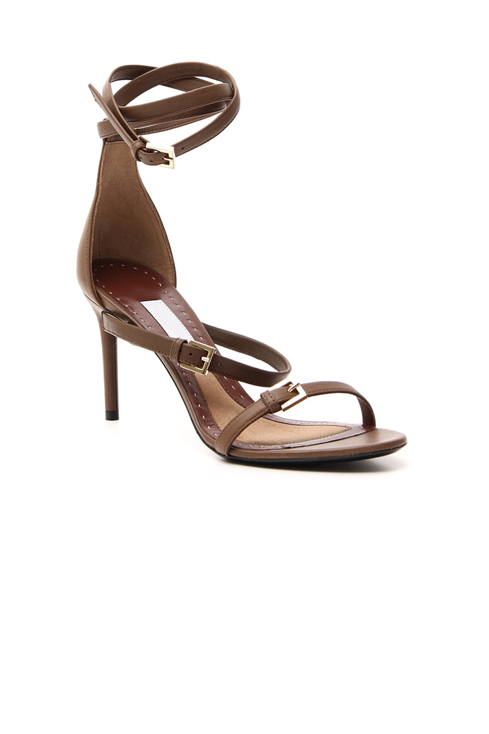 High leather sandal    Intrend
