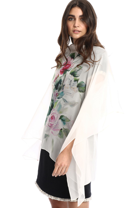 Oversized georgette cape Intrend