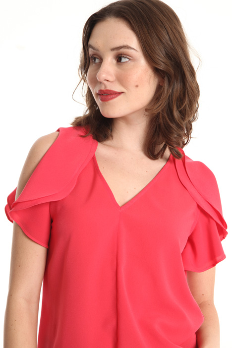 Ruffled crepe top Intrend