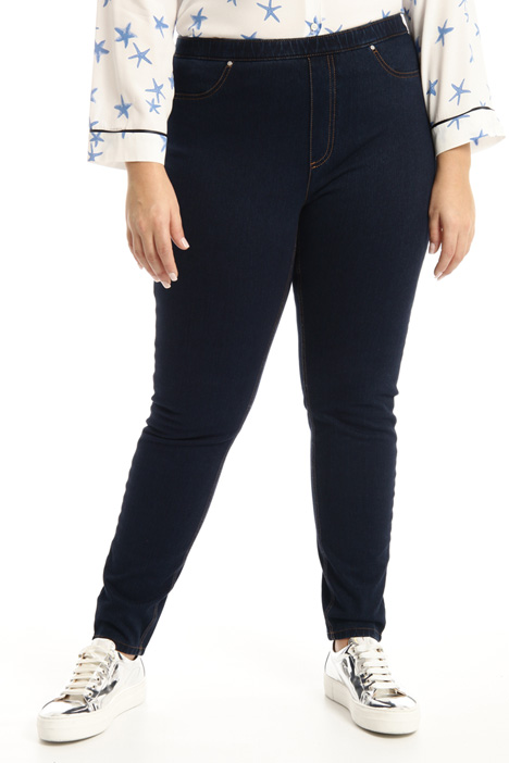 Jeans in jersey denim Intrend
