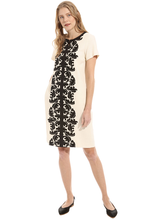 Front print dress Intrend