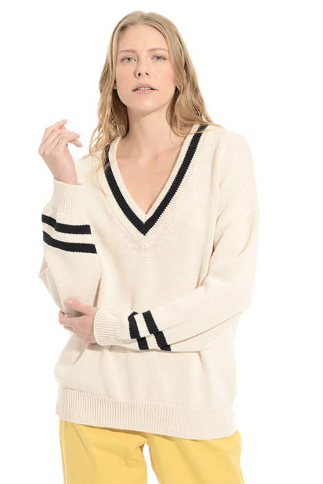 V-neck cotton sweater Intrend