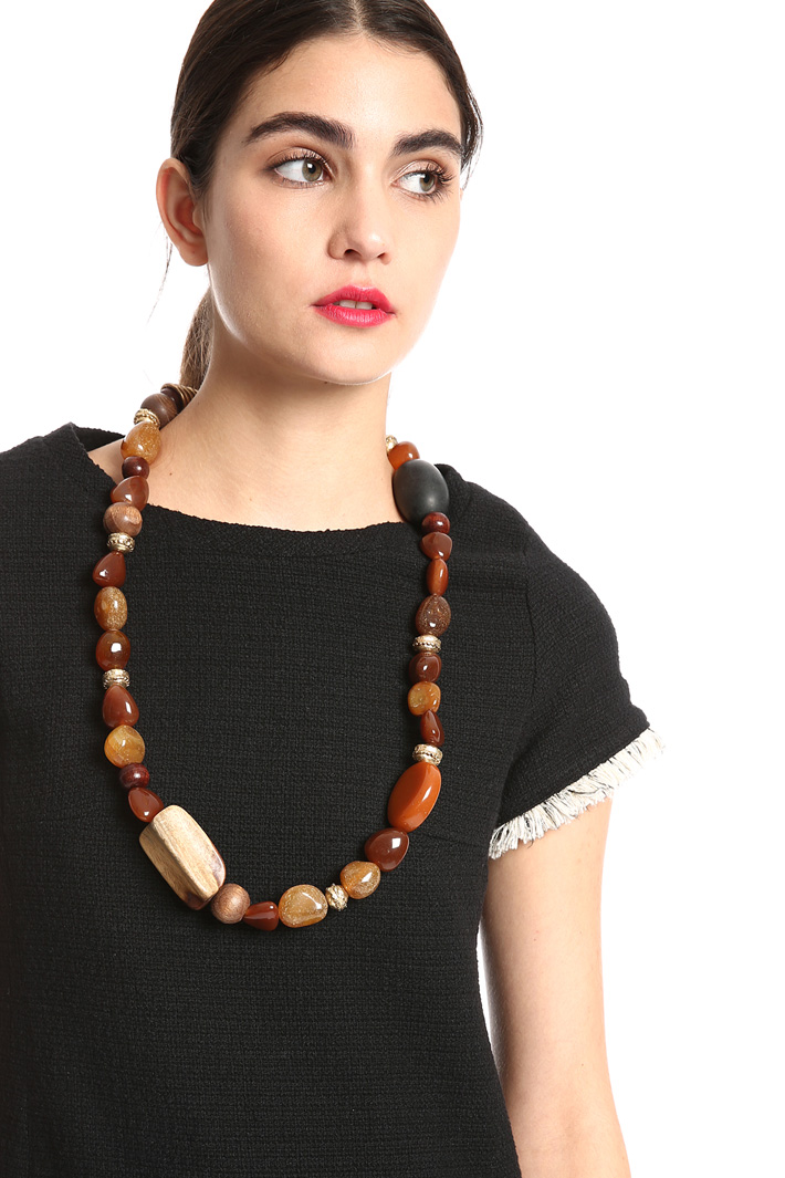 Necklace with mix of stones    Intrend