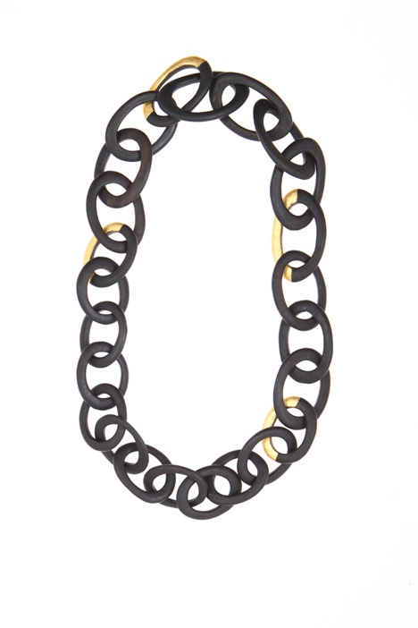 Long ebony chain    Intrend