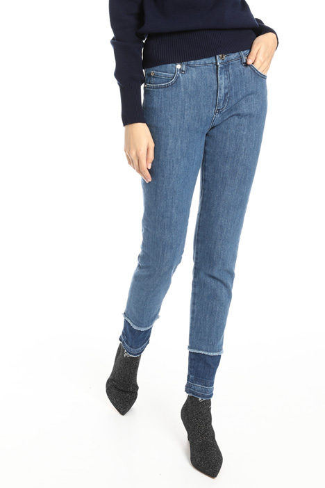 Fringed bottom jeans Intrend