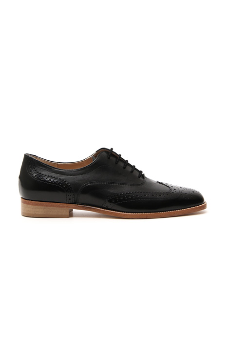 Leather lace-up shoe    Intrend
