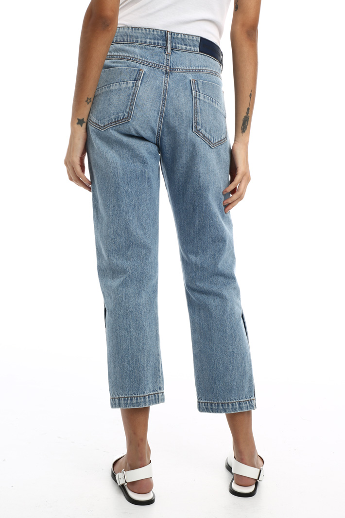 Cropped denim trousers Intrend
