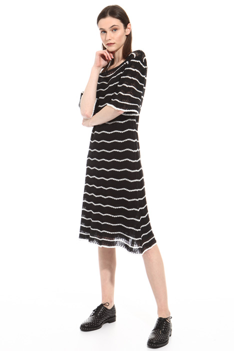 Perforated linen dress Intrend
