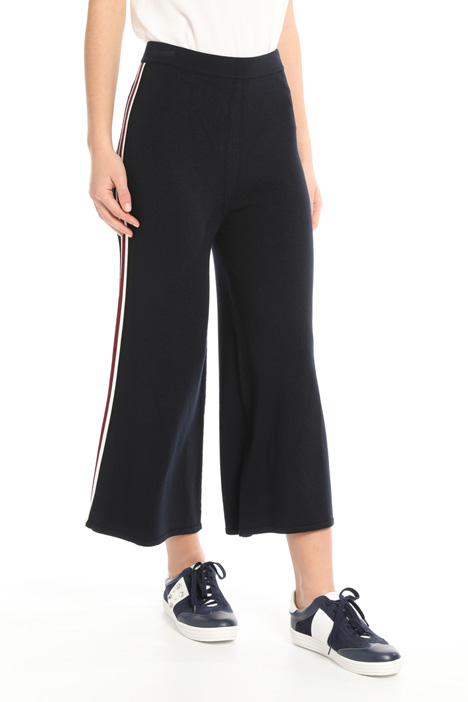 Knit cropped trousers Intrend