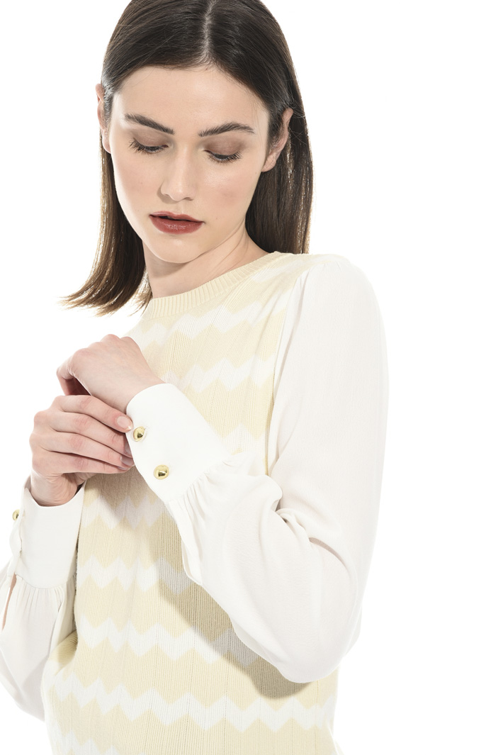 Sweater with sablé sleeve Intrend