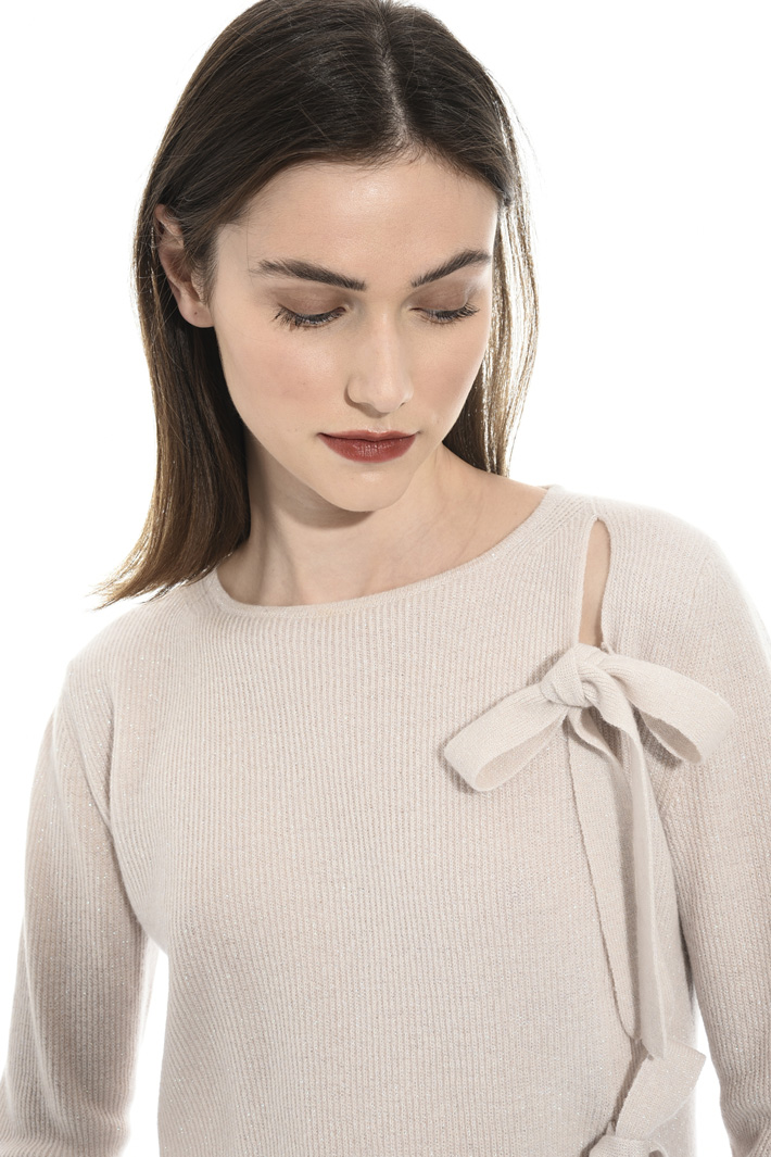 Lace-up lurex sweater Intrend