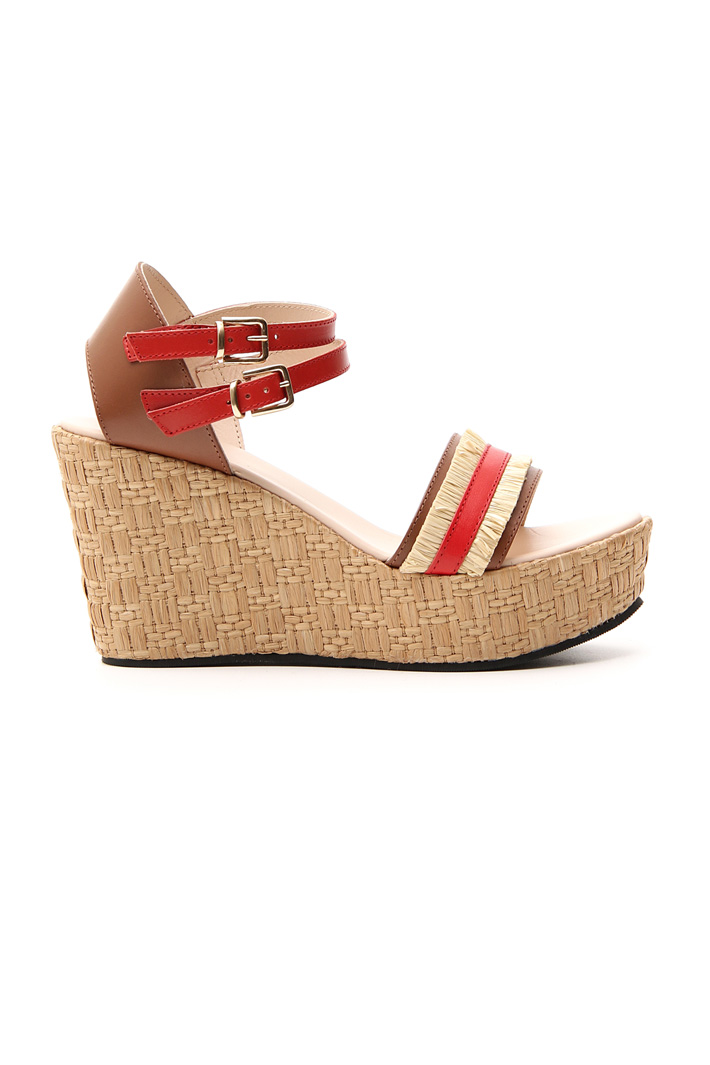 Straw and leather wedge Intrend
