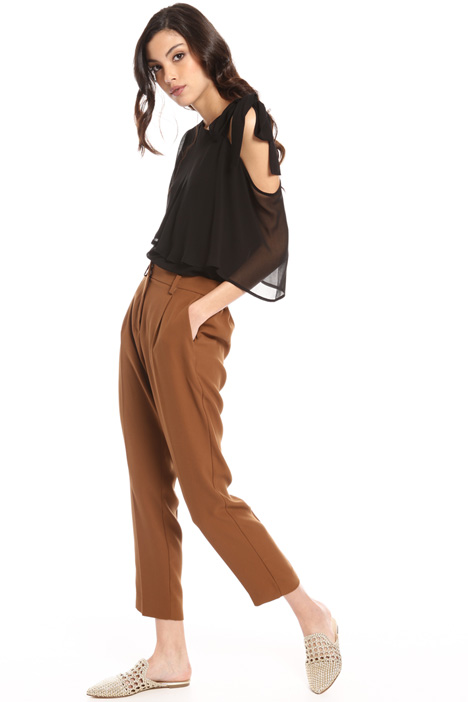 Three-pocket trousers Intrend