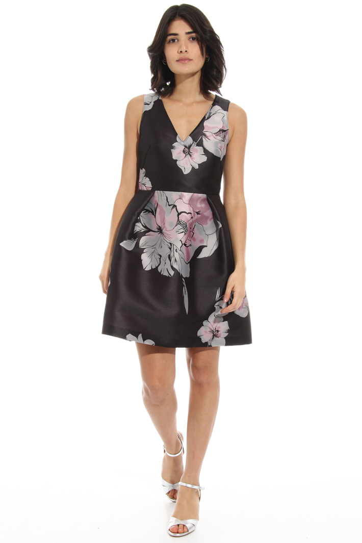 Short jacquard dress Intrend