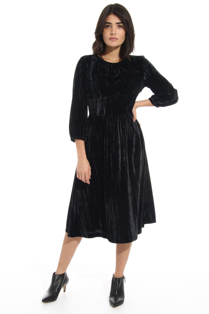 Velvet effect dress Intrend