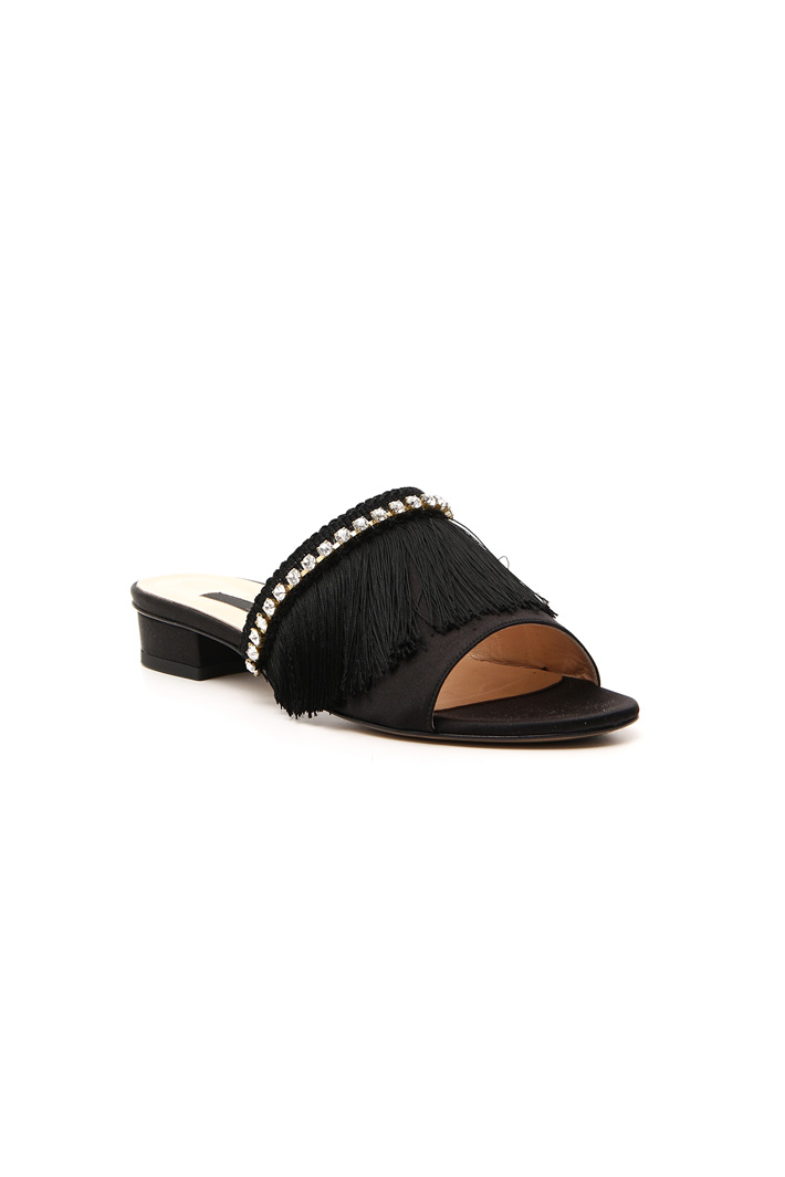 Fringed slippers Intrend