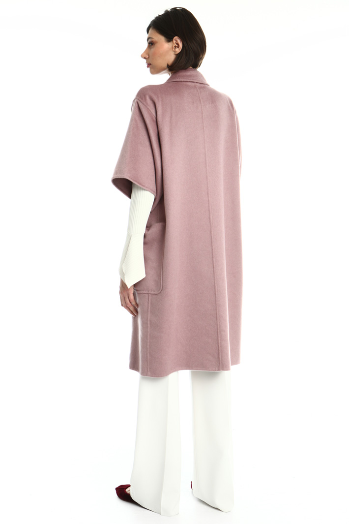 Short sleeved cashmere coat Intrend