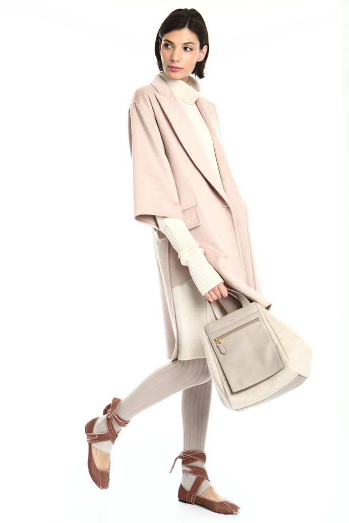 Short sleeve cashmere coat Intrend