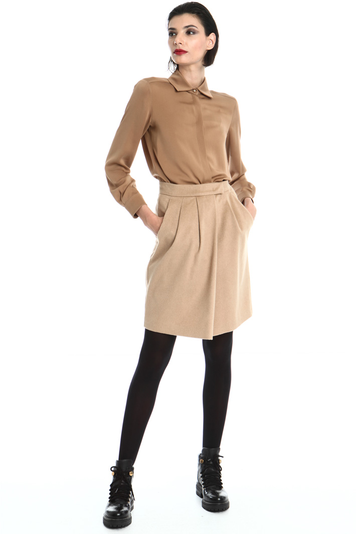 Short camel skirt Intrend
