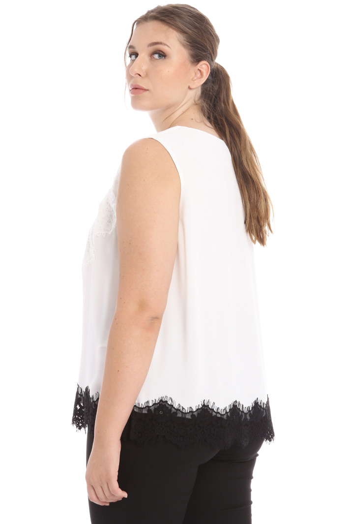 Georgette and lace trim top Intrend