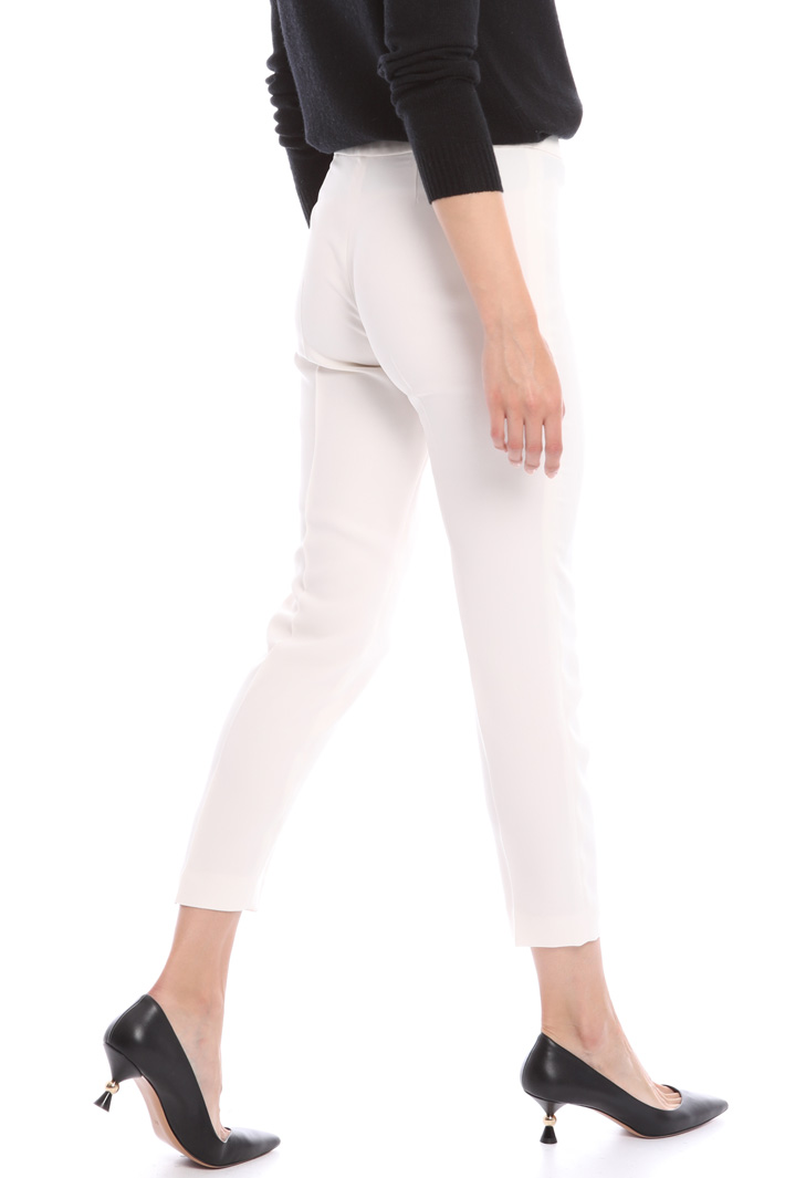 Slim fit envers satin trousers Intrend