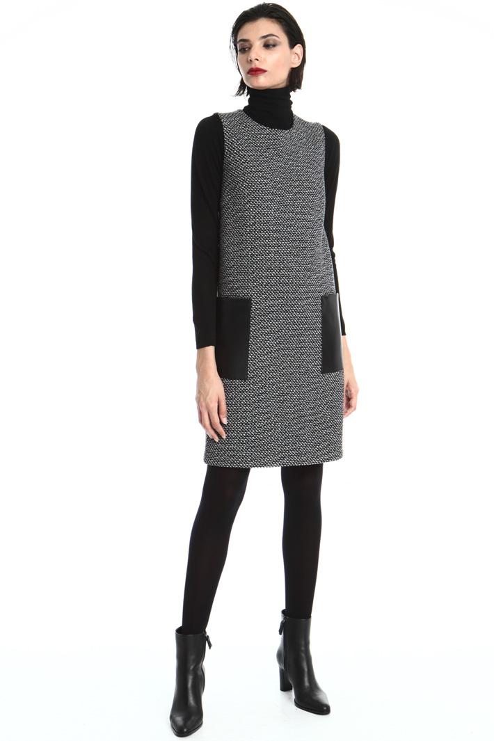 Sleeveless dress in wool Intrend