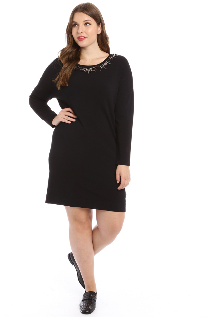 Embroidered knit dress Intrend