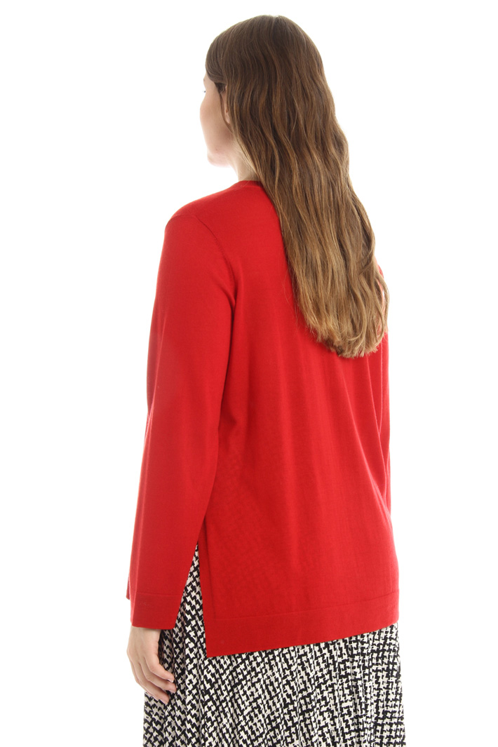 Sweater with side slit Intrend