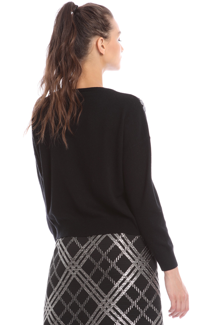 Sweater with sequin embroidery Intrend