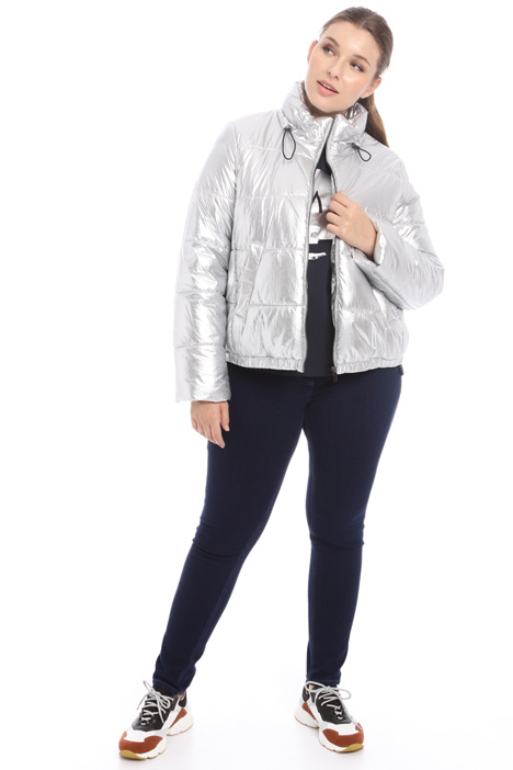 Short laminated puffer jacket Intrend