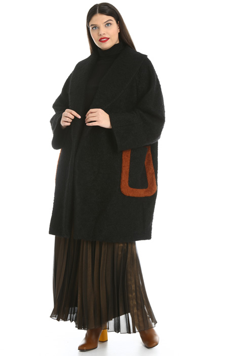 Cappotto in bouclé di lana Intrend