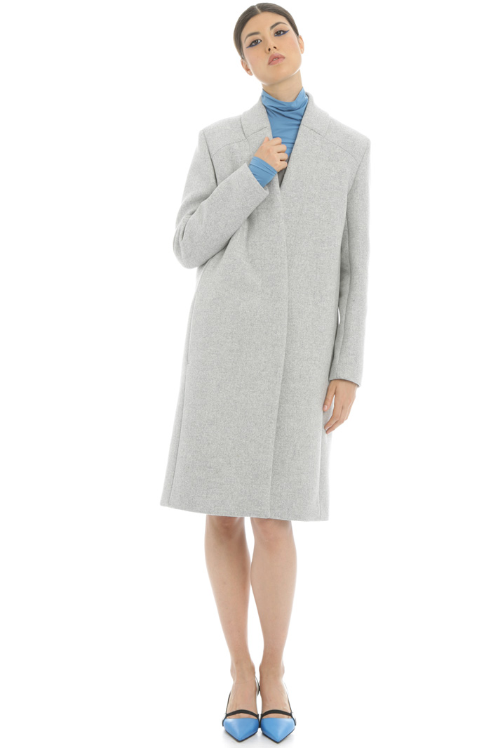 Heavy wool coat Intrend