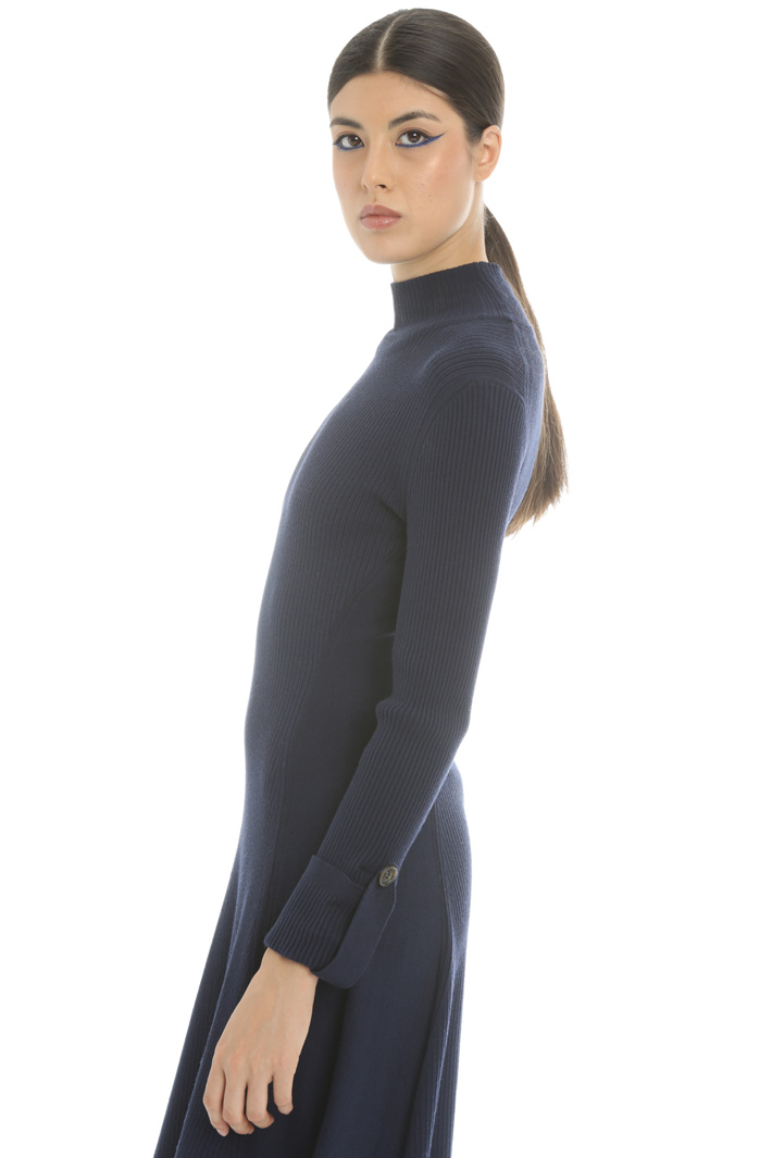Slim fit turtleneck dress  Intrend