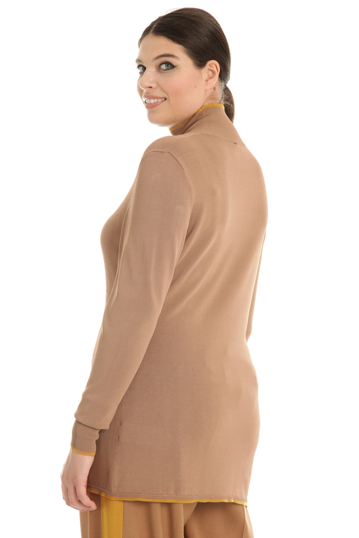 Viscose turtleneck sweater Intrend