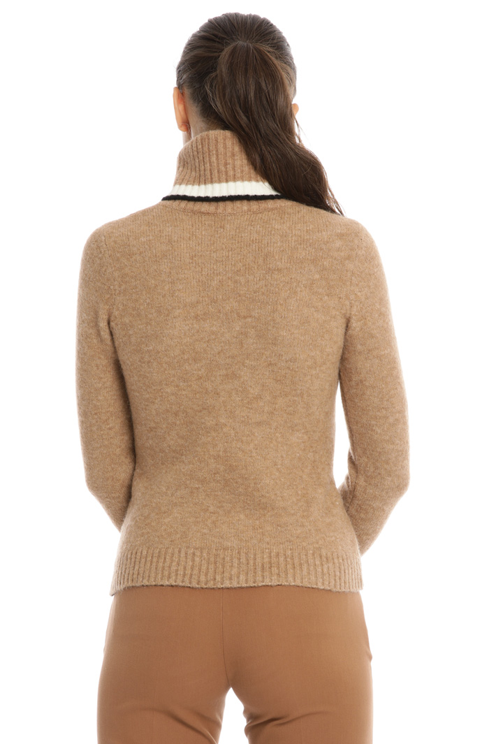 Slim fit cable knit turtleneck Intrend