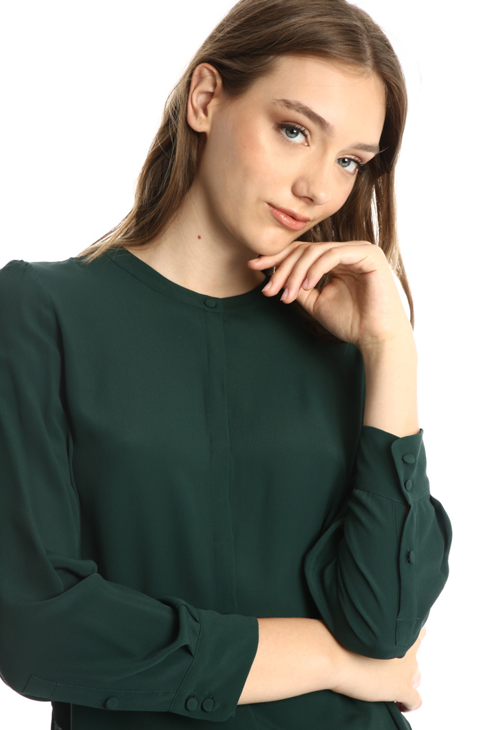 Scarf-neck crepe shirt Intrend