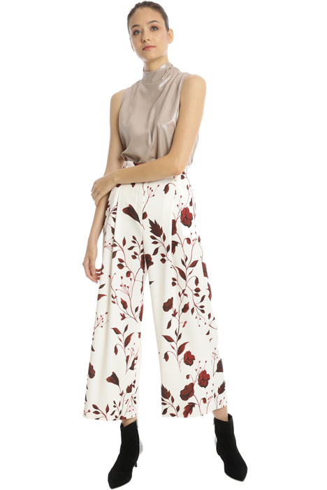 Wide-leg patterned trousers Intrend
